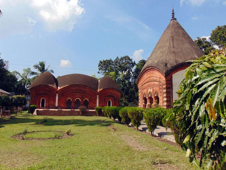 Puthia Temple City